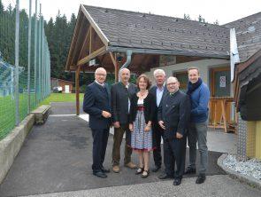 Zwei Projekte am Sportplatz Dorfstetten realisiert
